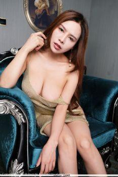 美媛馆 Vol.337 极品巨乳翘臀美女胡润曦正面全裸性感床照